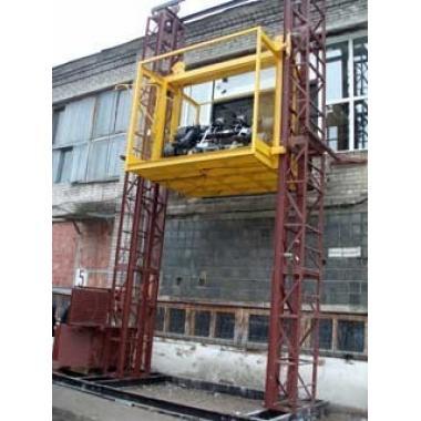 Подъемник мачтовый грузовой ПМГ